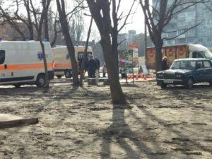 В Запорожье хлебный фургон сбил женщину - ФОТО
