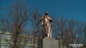 В Запорожской области вместо Ленина установили памятник Шевченко - ФОТО