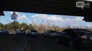 В Запорожье на мосту Преображенского произошло ДТП - ФОТО