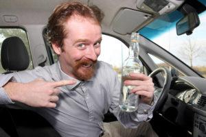 В Запорожье у пьяного водителя отобрали права и машину - ФОТО
