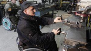 В Запорожье предоставят льготы четырем предприятиям, где работают люди с особыми потребностями