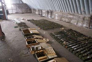 В селе под Запорожьем обнаружили огромный склад опасных боеприпасов - ФОТО, ВИДЕО