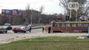 Подробности вчерашнего ДТП в Запорожье с участием трамвая - ФОТО