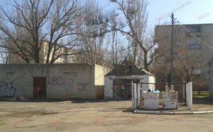 В Запорожской области на территории гимназии нашли труп человека