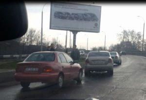 На запорожской мосту произошло тройное ДТП - ФОТО, ВИДЕО