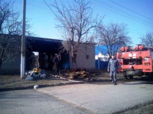 В Запорожской области горел гараж - ФОТО