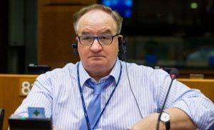 Польша официально просит поменять президента Европейского Совета