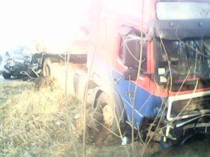 В Запорожской области грузовик столкнулся с внедорожником - ФОТО