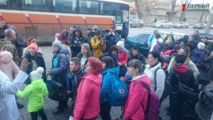 В запорожскую больницу привезли детей из зоны АТО - ФОТО