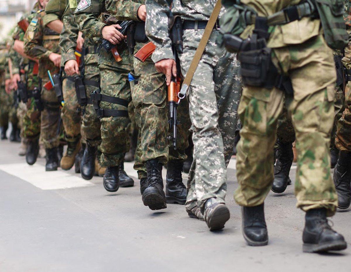 Мэр города Владимир Буряк подписал распоряжение о старте призывной кампании