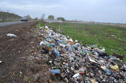 В Запорожской области появились стихийные свалки мусора