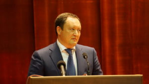 Запорожский губернатор нищенствует: Константин Брыль за год не приобрел ничего ценного