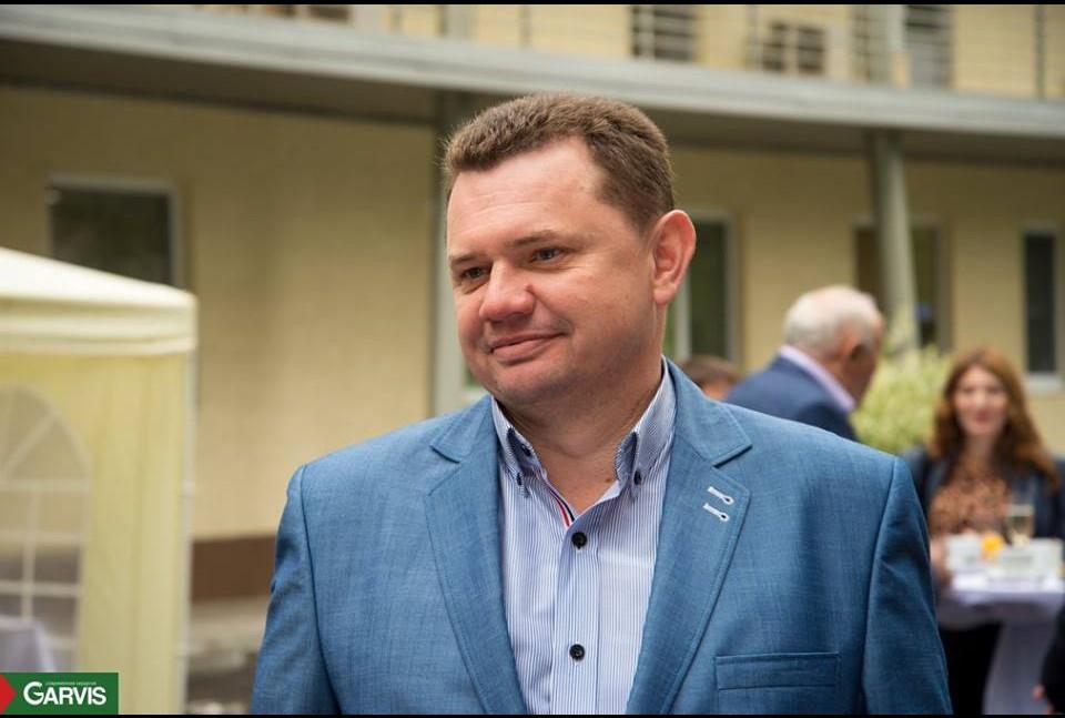 Депутат горсовета и главврач «Витацентра» Андрей Маляренко одолжил свою годовую зарплату