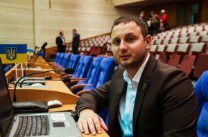 Запорожский депутат и бизнесмен Артур Гатунок решил расширять электорат