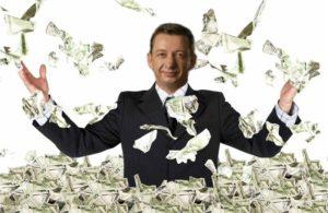 Запорожский депутат и бизнесмен Виктор Прит купил новый Mercedes и получил в подарок три миллиона гривен