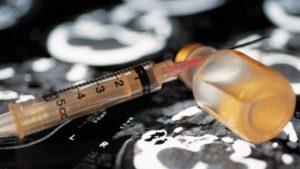 В Запорожье средь бела дня задержали парня с наркотиками - ФОТО