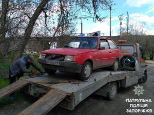 Побил рекорд: запорожские патрульные задержали очень пьяного водителя - ФОТО