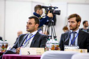 Первый заместитель Брыля Дмитрий Давтян одолжил два миллиона гривен брату главного запорожского налоговика