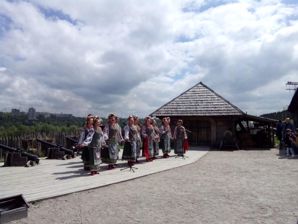 Запорожцев приглашают отметить Пасху на Хортице