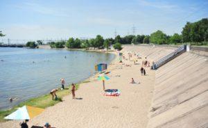 В Запорожье благоустраивают места массового отдыха горожан к летнему сезону