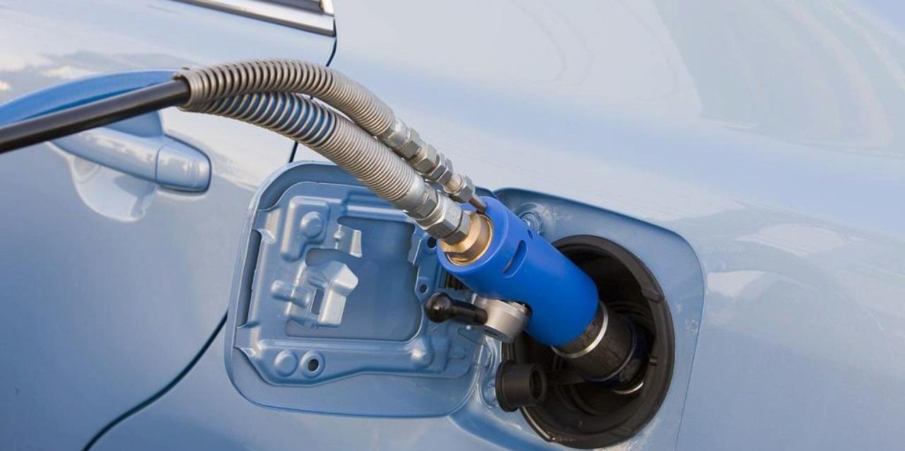 В Запорожье обнаружили незаконную газовую заправку - ФОТО