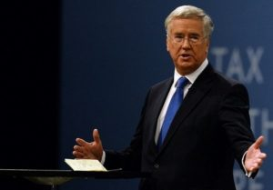 Минобороны Британии: РФ должна демонтировать арсенал химического оружия Асада