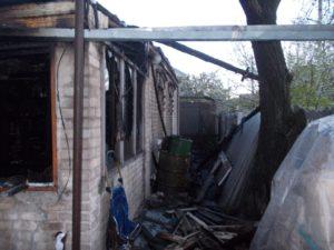 В Запорожье сгорел дом: погибла женщина - ФОТО