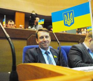Депутат облсовета из Полог обзавелся новеньким Mercedes за полтора миллиона гривен