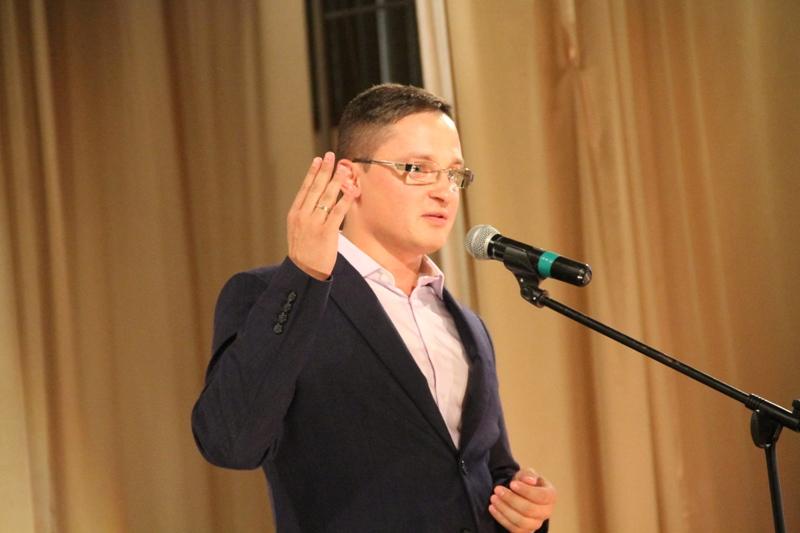 Владислав Марченко продал свой автомобиль коллеге по фракции