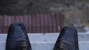 В Запорожье мужчина дважды намеревался прыгнуть с девятого этажа