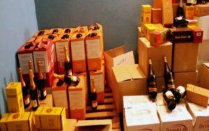 Запорожские налоговики накрыли торговлю незаконным элитным алкоголем - ФОТО, ВИДЕО