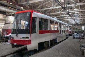 Сегодня на линию выйдет первый трамвай, собранный в Запорожье