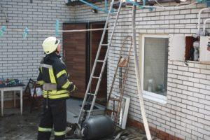 В Запорожье горел жилой дом - ФОТО
