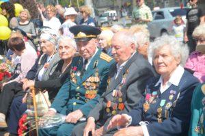 В Запорожье состоялся торжественный митинг ко Дню памяти и примирения - ФОТО