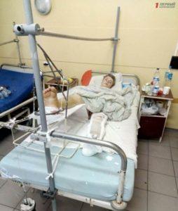 Нужна помощь: молодому запорожцу, который упал с третьего этажа, сделают несколько операций - ФОТО