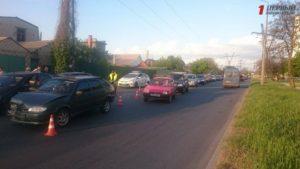 В Запорожье произошло масштабное ДТП: столкнулись четыре автомобиля - ФОТО