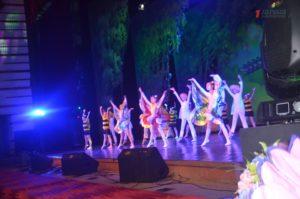 В Запорожье проходит областной концерт ко Дню защиты детей - ФОТО