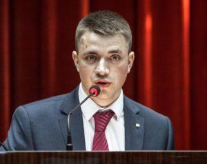 Новый руководитель Запорожского областного центра молодежи: без жилья, но с огородом