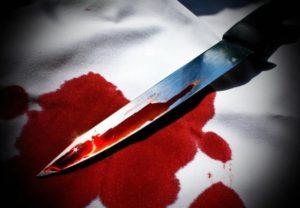 Пьяный запорожец во время примирения ударил возлюбленную ножом