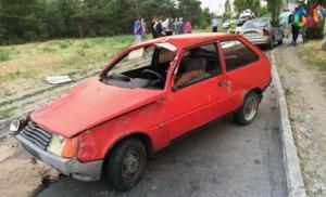 В Запорожской области из-за открытого люка перевернулась «Таврия» с пьяной девушкой за рулем - ФОТО