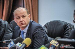 Жена заместителя прокурора области задекларировала почти миллион гривен