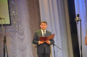 Владимир Гройсман поздравил запорожских медиков с профессиональным праздником - ФОТО