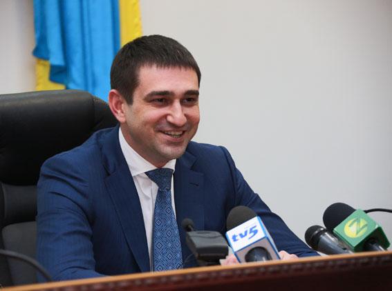 Олег Золотоноша пообещал поощрить веселых полицейских, которые остановили автомобиль депутата Балицкого - ВИДЕО
