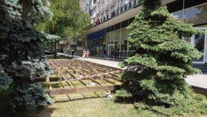 В Запорожье снова разгорелся скандал вокруг строительства летней площадки в центре города: коммерсанты заявляют о вымогательстве