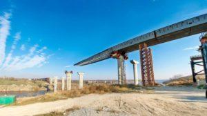 На строительство запорожских мостов-недостроев только на этот год предусмотрено 333 миллиона гривен