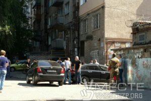 В Запорожье сотрудники СБУ в центре города задержали преступную группировку, которая занималась разбоем и насилием - ФОТО