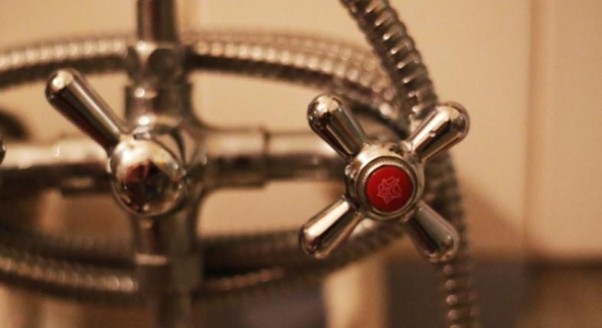 Жителям одного из запорожских домов временно отключили горячую воду