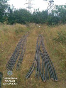 В Запорожье с поличным задержали кабельных воров - ФОТО