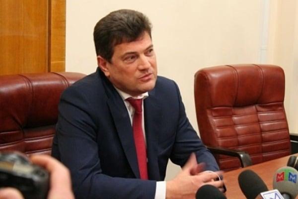 Владимир Буряк уволил главу запорожского УКСа Вячеслава Близнюка