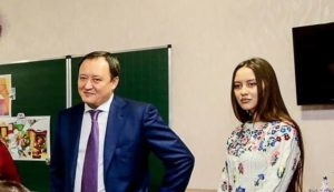 Запорожский губернатор рассказал, что его дочке пришлось продать квартиру за 4 миллиона гривен, чтобы оплатить учебу